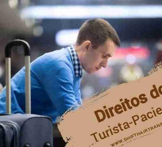 Direitos do Turista-Paciente, Um homem caucasiano que senta-se e que espera no aeroporto.